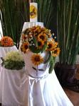 RÜHLE Gärtringen, Urnenbestattung, Sonnenblumen Dekoration